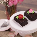Rose Bud Brownie Bite
